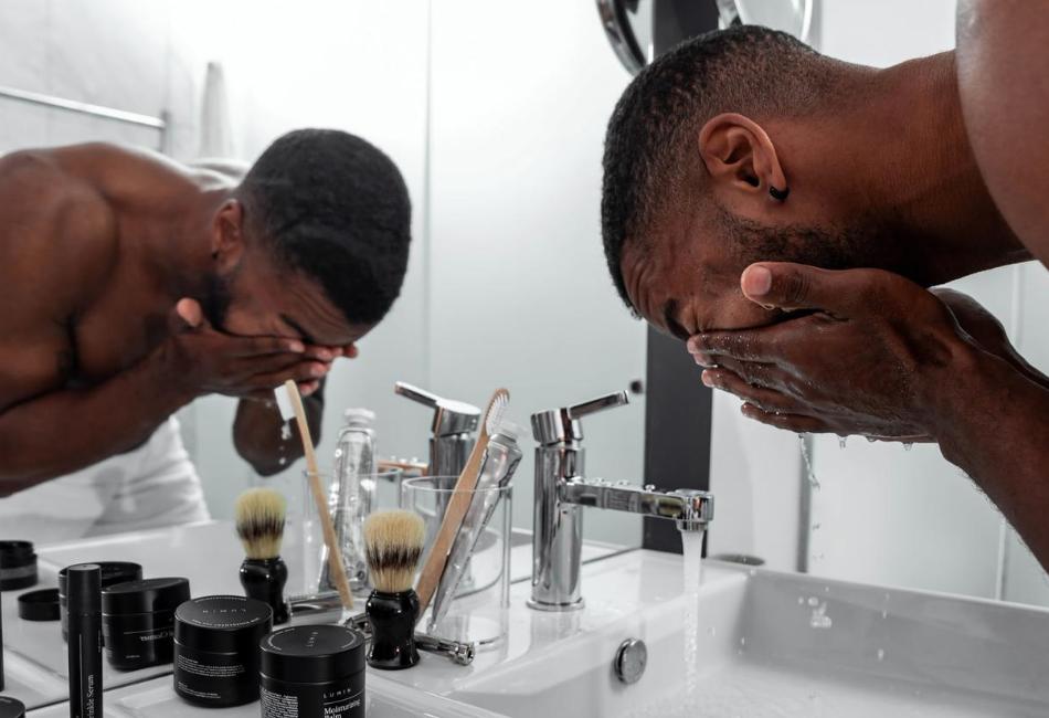 Männer Hautpflege Routine Produkte Tipps