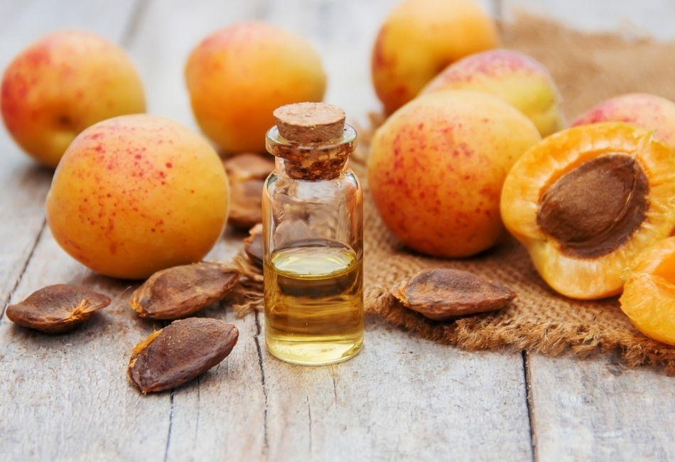 Aprikosenkeröl: Die besten Öle, Anwendung, Wirkung, Inhaltsstoffe