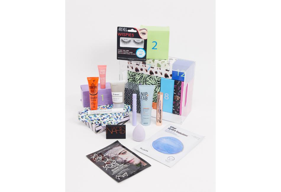 Beauty Adventskalender 2020: ASOS 12 Tage Pflege & Make-up