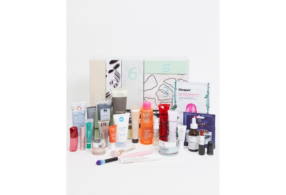 Beauty Adventskalender 2020: ASOS 24 Tage Pflege & Make-up