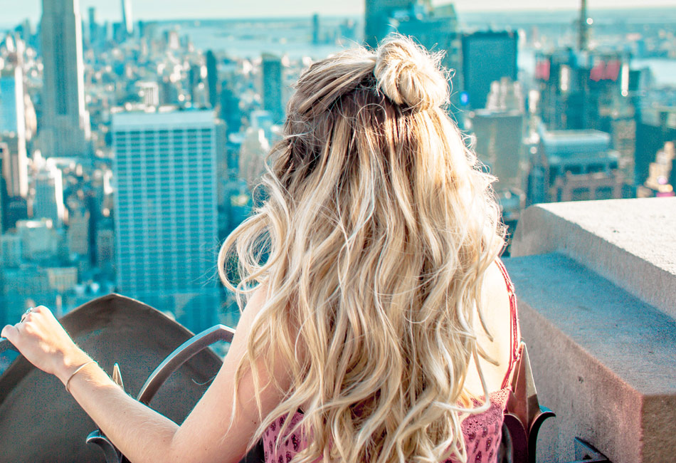 So pflegst du blonde Haare richtig