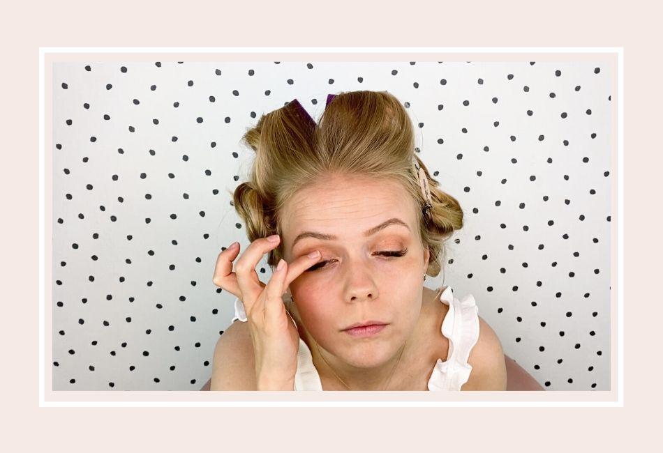 Anleitung: Mein Braut Make-up für die Hochzeit – Schritt 3 goldener Lidschatten