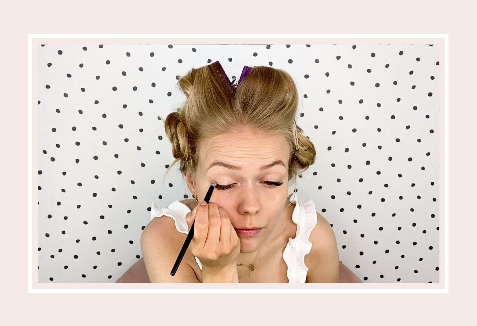 Anleitung: Mein Braut Make-up für die Hochzeit – Schritt 3 heller Lidschatten