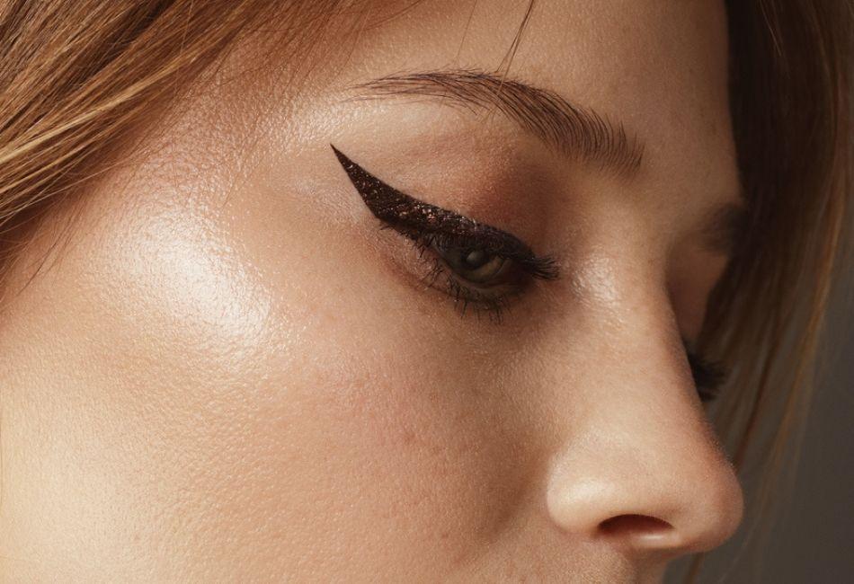 Eyeliner richtig auftragen Tipps Tricks Beste Produkte