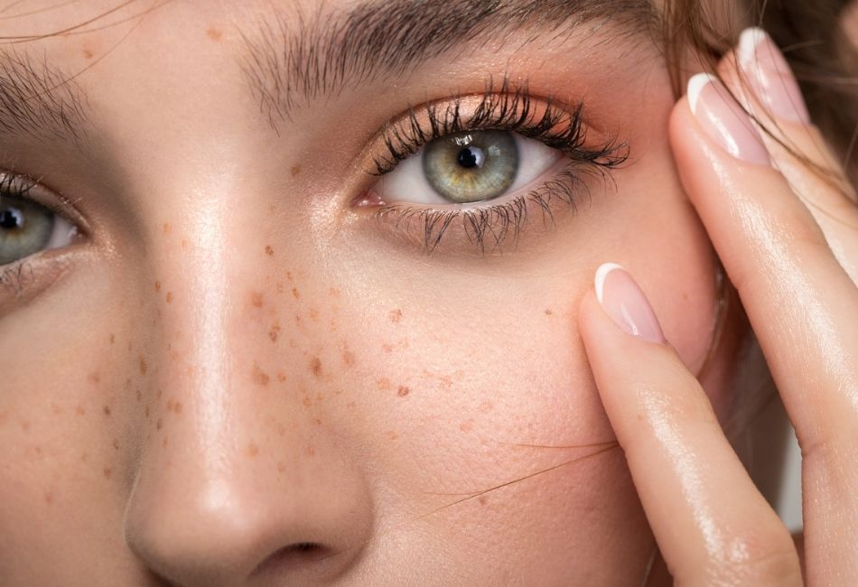 Fake Freckles Sommersprossen schminken