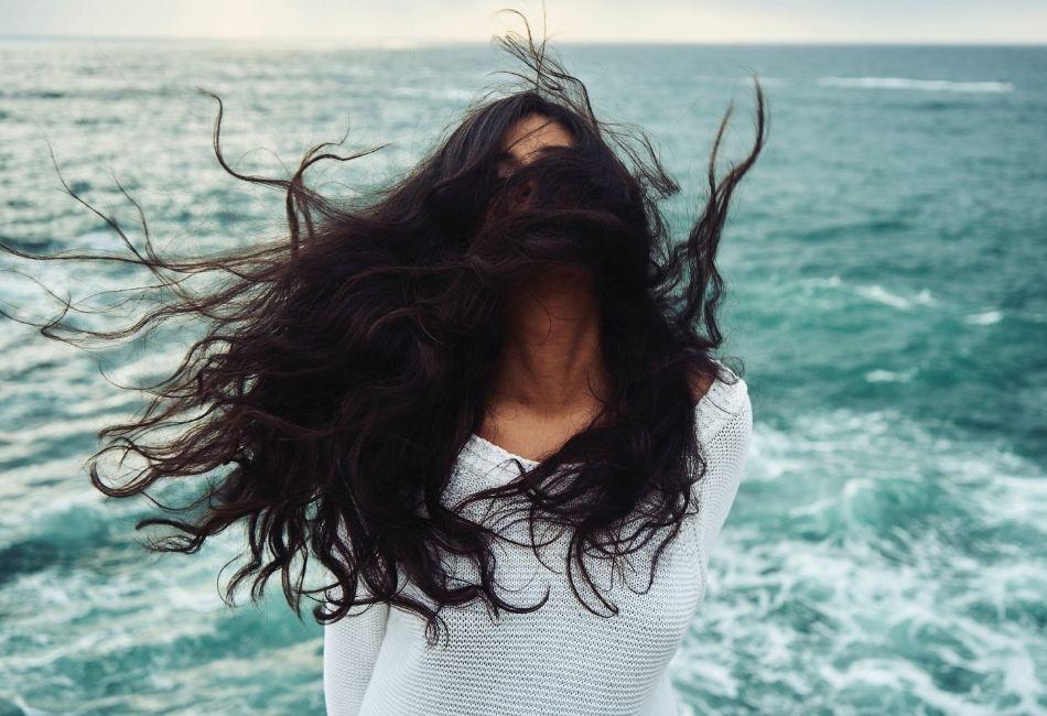Haarpuder für Volumen und Frische