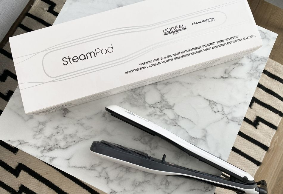 L'Oréal Steampod neben Verpackung