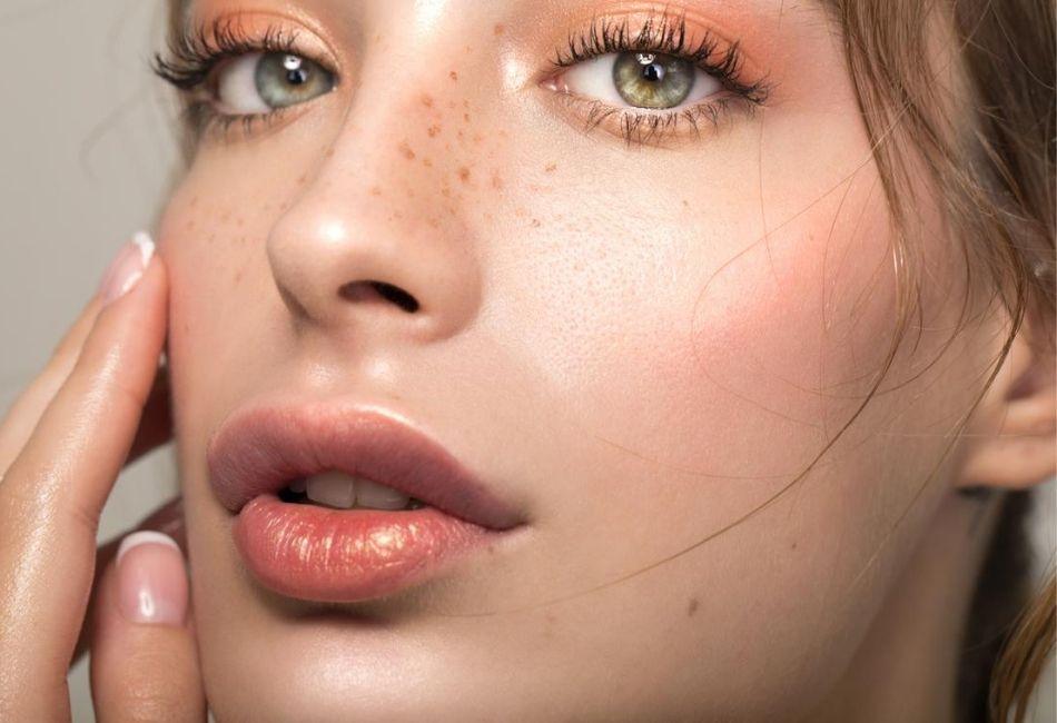 So schminkst du das No Makeup-Makeup Tipps und Tricks