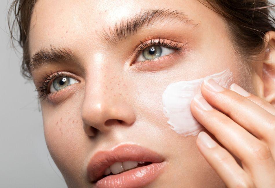 So behandelst du trockene Haut richtig Tipps und Tricks